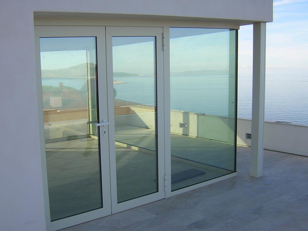 Serramenti in alluminio porte finestre giambo a verbania for Finestre in alluminio